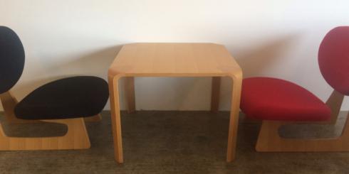 座卓からうまれたテーブルと低座椅子