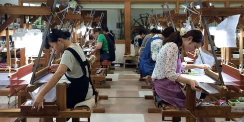 鹿児島の衣 ー織りと染めー